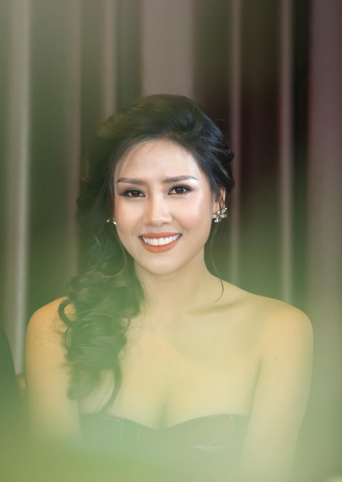 Nguyễn Thị Loan phản pháo nghi vấn tu sửa nhan sắc trước khi thi hoa hậu - 1