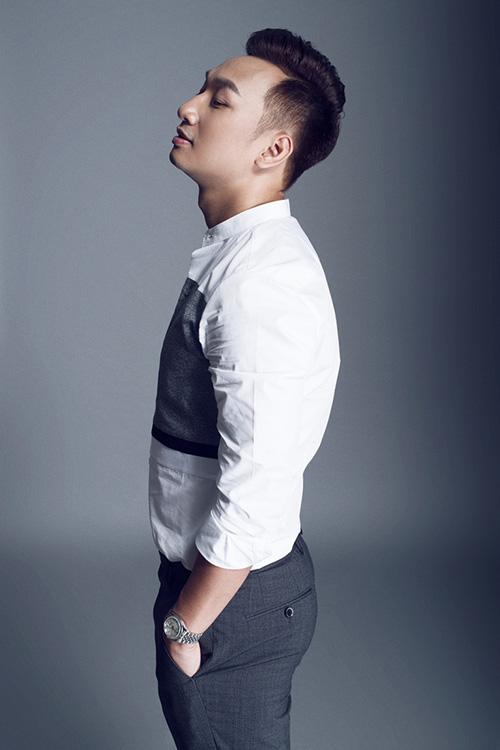 Không ngại đầu tư hàng hiệu, MC Thành Trung ngày càng đắt show-4