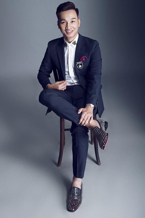 Không ngại đầu tư hàng hiệu, MC Thành Trung ngày càng đắt show-6