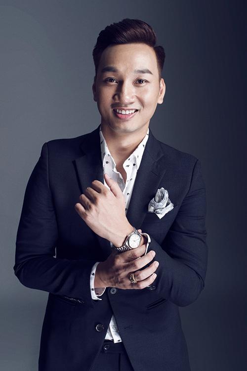 Không ngại đầu tư hàng hiệu, MC Thành Trung ngày càng đắt show-8