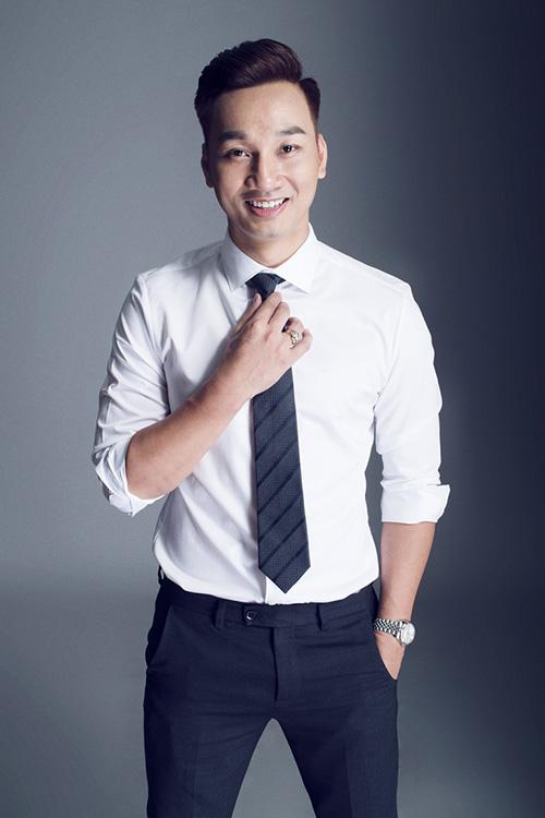 Không ngại đầu tư hàng hiệu, MC Thành Trung ngày càng đắt show-9