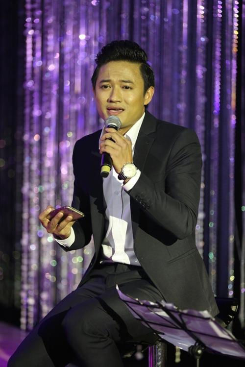 Phi Nhung tình cảm ngả đầu vào vai Mạnh Quỳnh-14