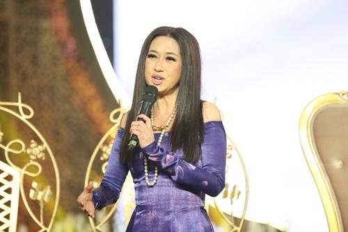 Phi Nhung tình cảm ngả đầu vào vai Mạnh Quỳnh-13