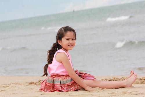Không ngờ sau 3 năm, thiên thần nhí Thái Lan từng gây bão mạng đã lớn đến vậy-7