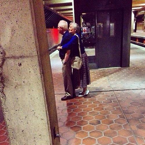 15 bức ảnh để đời chứng minh tình yêu không bao giờ có giới hạn-7
