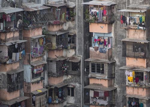 Bí mật trong những căn nhà nhỏ hơn WC trên khắp thế giới - 1