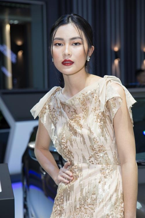 Dù sốt cao, Quỳnh Châu vẫn tự tin đọ vẻ gợi cảm cạnh Kim Chi-7