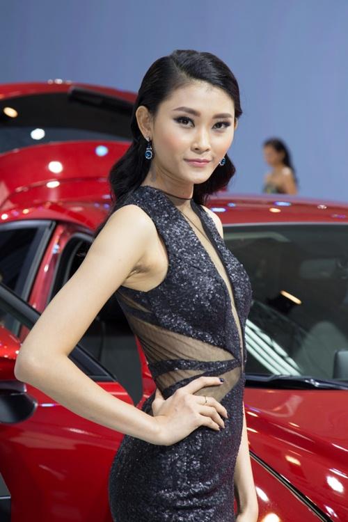 Dù sốt cao, Quỳnh Châu vẫn tự tin đọ vẻ gợi cảm cạnh Kim Chi-9