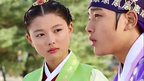 """Đừng giật mình nếu bạn biết """"nữ thần nhí"""" Kim Yoo Jung đã đóng từng này phim-9"""