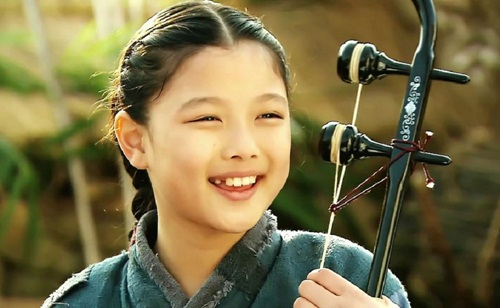 "dung giat minh neu ban biet ""nu than nhi"" kim yoo jung da dong tung nay phim - 4"