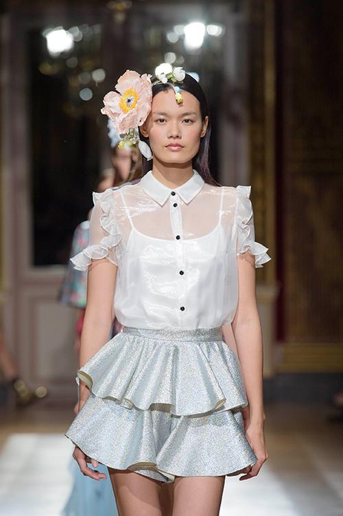 le thanh thao trung 2 show tai paris fashion week - 3
