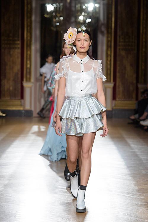 le thanh thao trung 2 show tai paris fashion week - 4