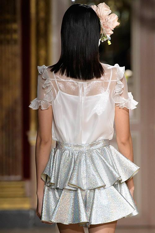 le thanh thao trung 2 show tai paris fashion week - 2