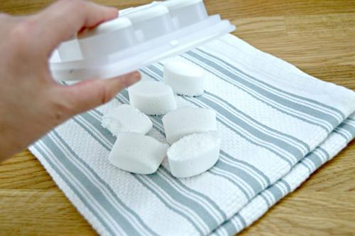 Tự chế chất tẩy phòng tắm với 3 thành phần dễ kiếm-8