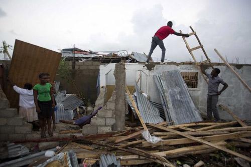 bao 'quai vat' matthew: haiti tan hoang nhu tan the, gan 300 nguoi thiet mang - 3
