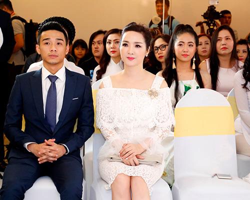 "hoa hau giang my tinh khoi khoe ""nhan sac khong tuoi"" - 4"