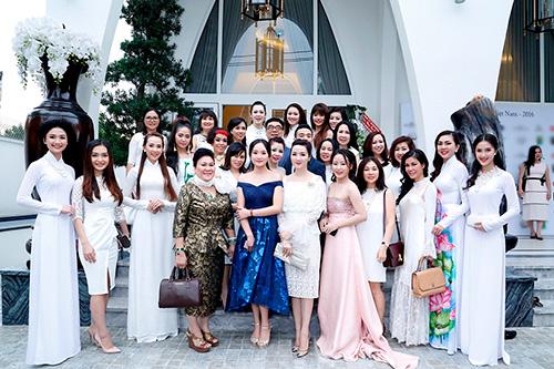 """Hoa hậu Giáng My tinh khôi khoe """"nhan sắc không tuổi""""-6"""