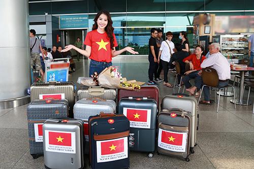 Nam Em gây chú ý với 11 valy hành lý tại sân bay-3