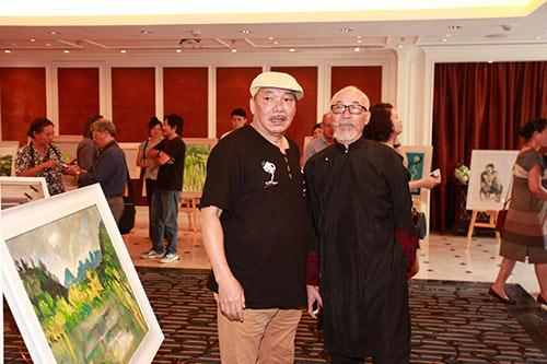Nhạc sĩ  Trần Tiến, Trung Hiếu trẻ trung đến chúc mừng Lương Giang-7