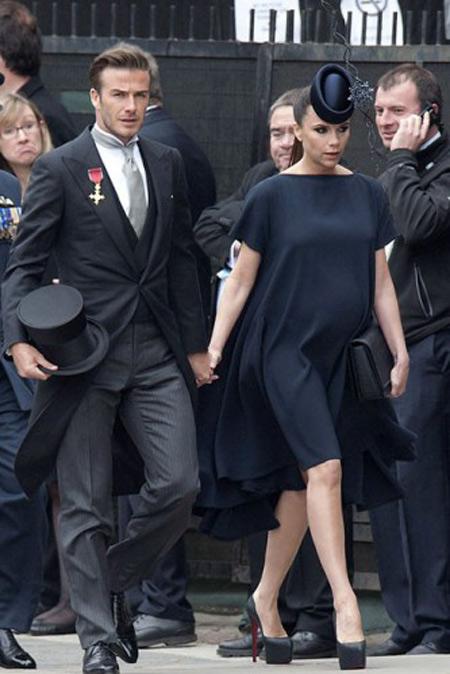 Victoria đã hối hận vì đi giày cao gót lúc mang bầu 9 tháng-2