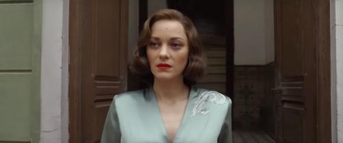 """Vừa có con chung, """"điệp viên"""" Brad Pitt đã bị ép giết """"bông hồng nước Pháp""""-1"""
