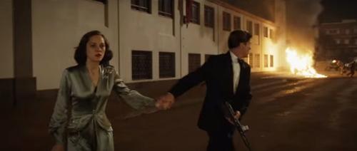 """Vừa có con chung, """"điệp viên"""" Brad Pitt đã bị ép giết """"bông hồng nước Pháp""""-5"""