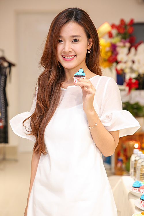 "midu cang ""kin cong cao tuong"" lai cang xinh dep - 1"