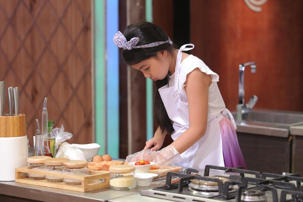 top 12 vua dau bep nhi chinh thuc lo dien - 1