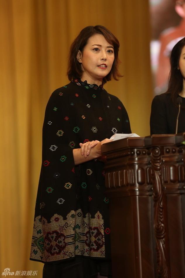 """ngoi sao 24/7: vo """"duong tang"""" tri trong thuy lot top 3 ty phu giau """"khong tuong"""" - 5"""