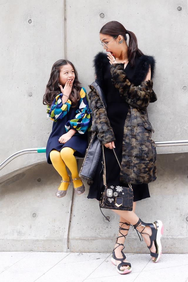 """lan khue """"danh bat"""" tin do thoi trang han tai seoul fashion week - 2"""