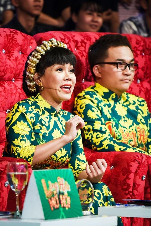 "chung ket lang hai mo hoi: giam khao tram tro ma xuc dong vi ""xom ngheo that thu"" - 10"