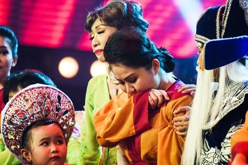 "chung ket lang hai mo hoi: giam khao tram tro ma xuc dong vi ""xom ngheo that thu"" - 15"