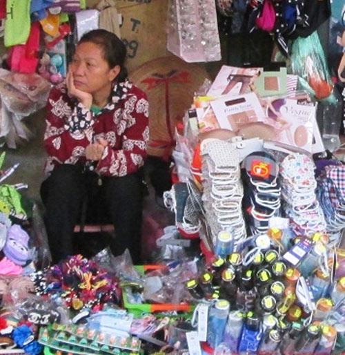 """can than voi loai khau trang """"10 nghin 3 cai"""" - 1"""