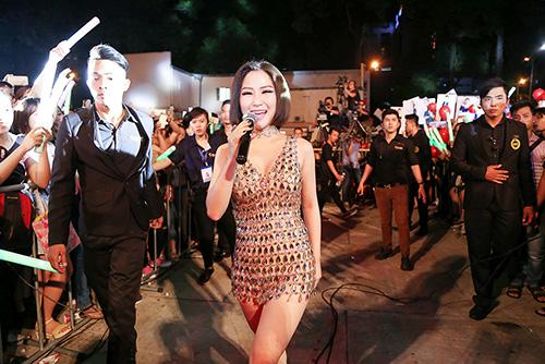 """huong tram nong bong """"thieu dot"""" hang ngan khan gia - 4"""