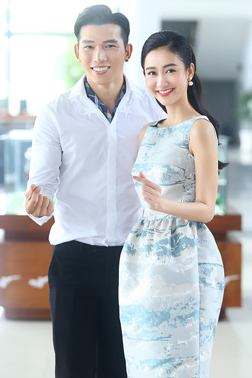 "a hau ha thu, a vuong ngoc tinh cung ban ve ""song ao"" - 1"