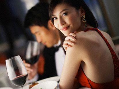 top 3 phu nu chac chan mang lai phuc duc cho chong, cho con - 2