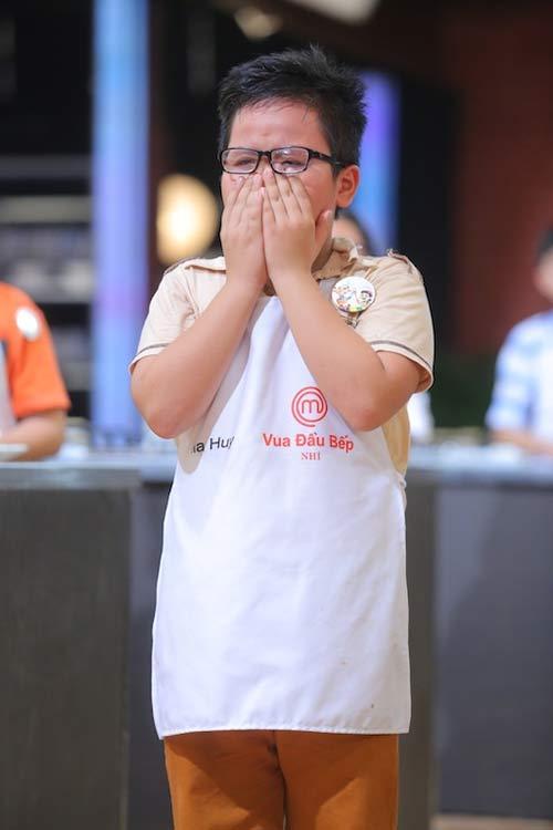 tv show: hoc tro dong nhi dang quang thuyet phuc; thi sinh ra ve vi... xin do an cua ban - 8