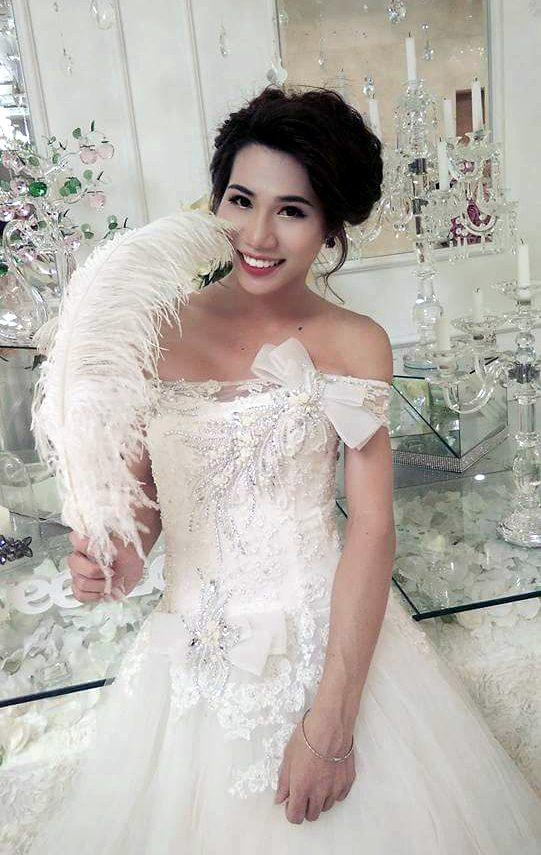 hanh phuc mim cuoi voi co gai mang co the cua mot nguoi dan ong - 1