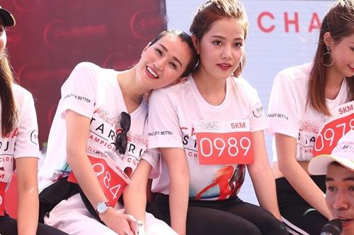 muot mo hoi chay duoi troi nang, pham huong - khanh my - thuy top van cuoi khong ngot - 7