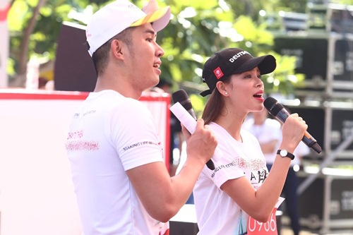 muot mo hoi chay duoi troi nang, pham huong - khanh my - thuy top van cuoi khong ngot - 3