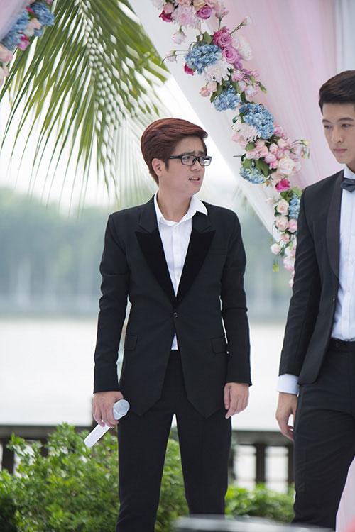"""bui anh tuan dep lan at harry lu trong mv phim """"4 nam, 2 chang, 1 tinh yeu"""" - 8"""