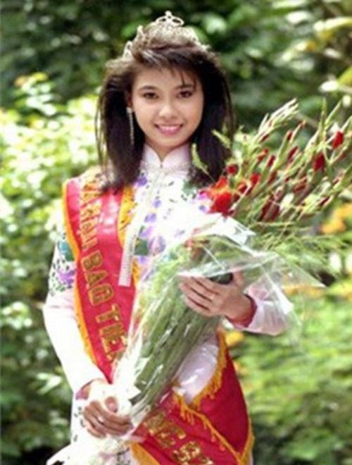sau dang quang, loat hoa hau viet nang hang nhan sac, sang trang cuoc doi - 1