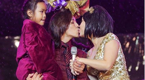 """viet huong - danh hai """"chan ngan"""" van duoc chong het muc yeu thuong - 5"""