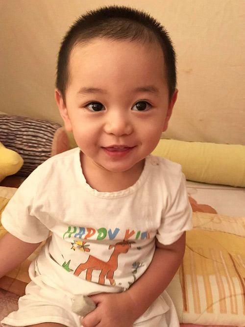 """""""rung tim"""" voi guong mat thien than cua con trai tra my idol - 5"""