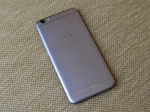 vivo v5: smartphone dau tien trang bi camera truoc 20 mp - 2