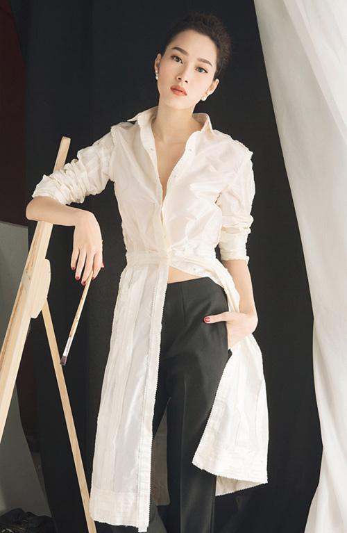 Choáng với dàn mỹ nữ toàn Hoa - Á hậu và chân dài trong phim Việt ngàn tập-16