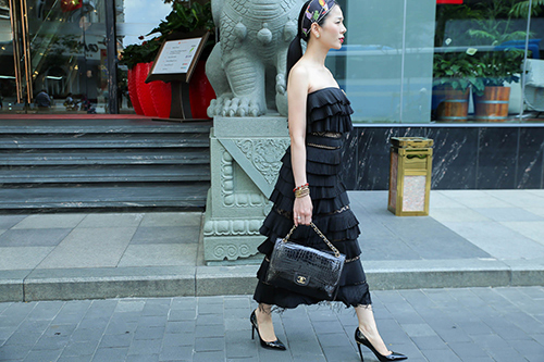 Diva Hồng Nhung, ca sĩ Lệ Quyên xúng xính hàng hiệu đi tập hát-5