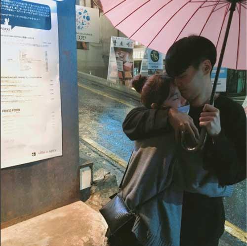 """Tưởng là  """"học sinh cấp 2"""" nhưng đây lại là bà mẹ 2 con nổi tiếng nhất Hàn Quốc-9"""