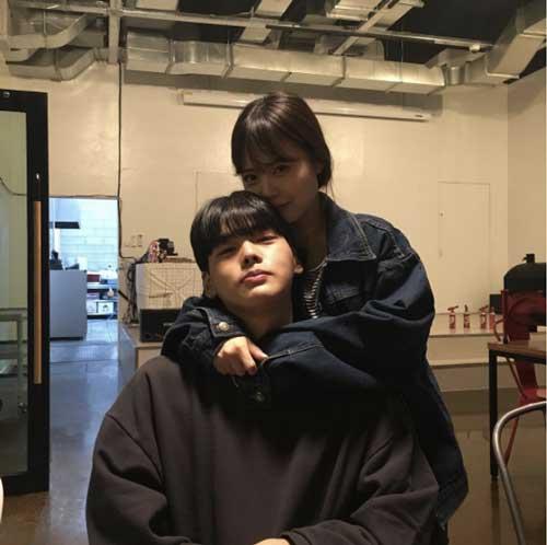 """Tưởng là  """"học sinh cấp 2"""" nhưng đây lại là bà mẹ 2 con nổi tiếng nhất Hàn Quốc-7"""