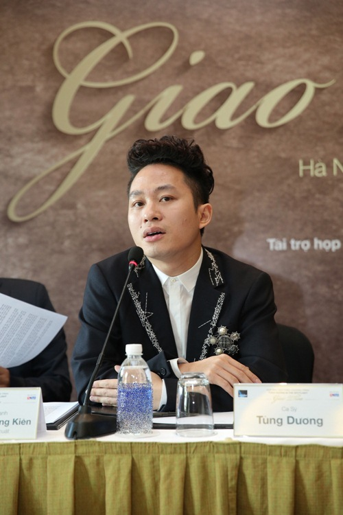 """tung duong """"hen ho"""" ha tran trong live concert cuoi nam - 2"""